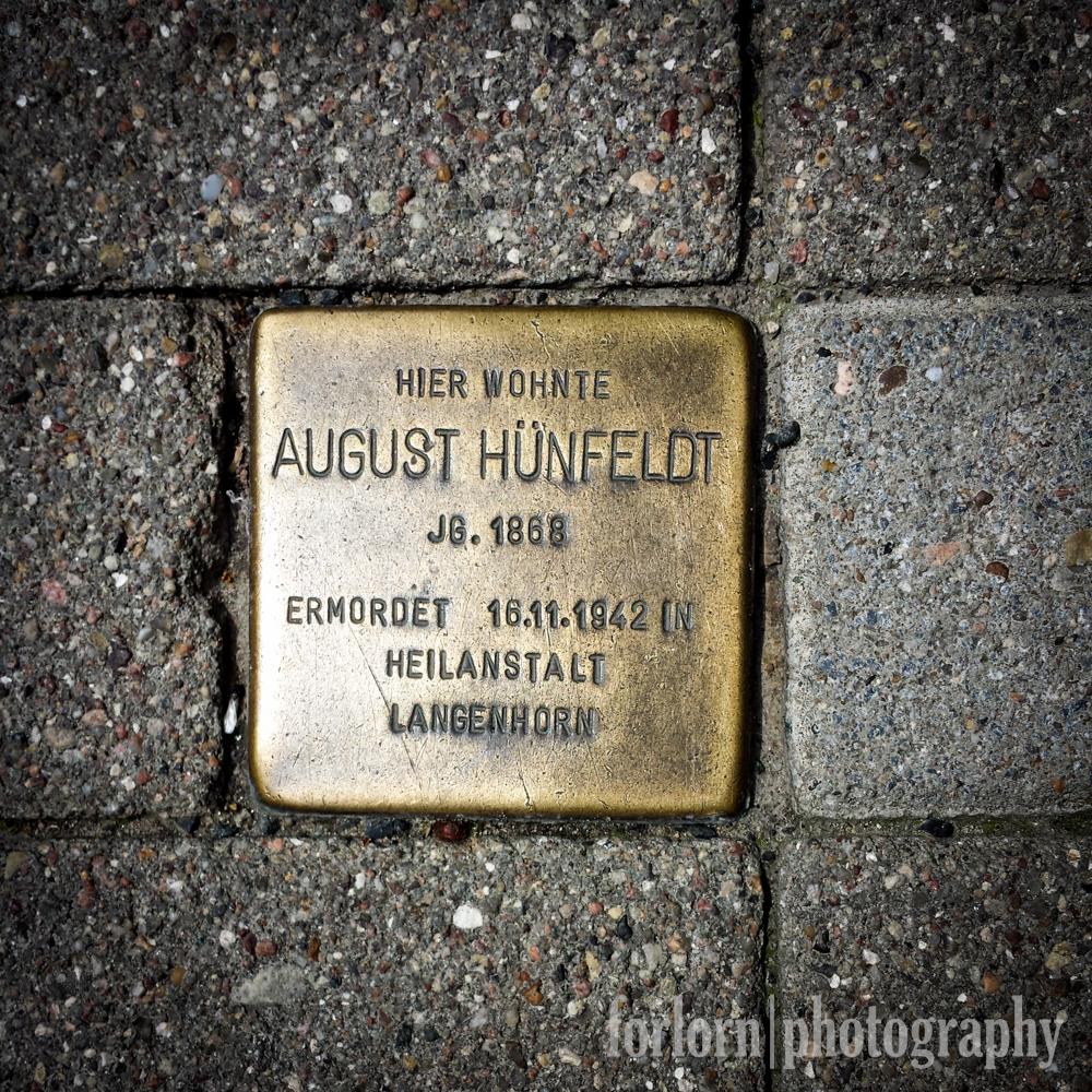LIVED HERE / August Hunfeldt / Born 1868 /  Murdered 16/11/1942 / in Sanitorium Langenhorn  (Camera: Samsung Galaxy S4)