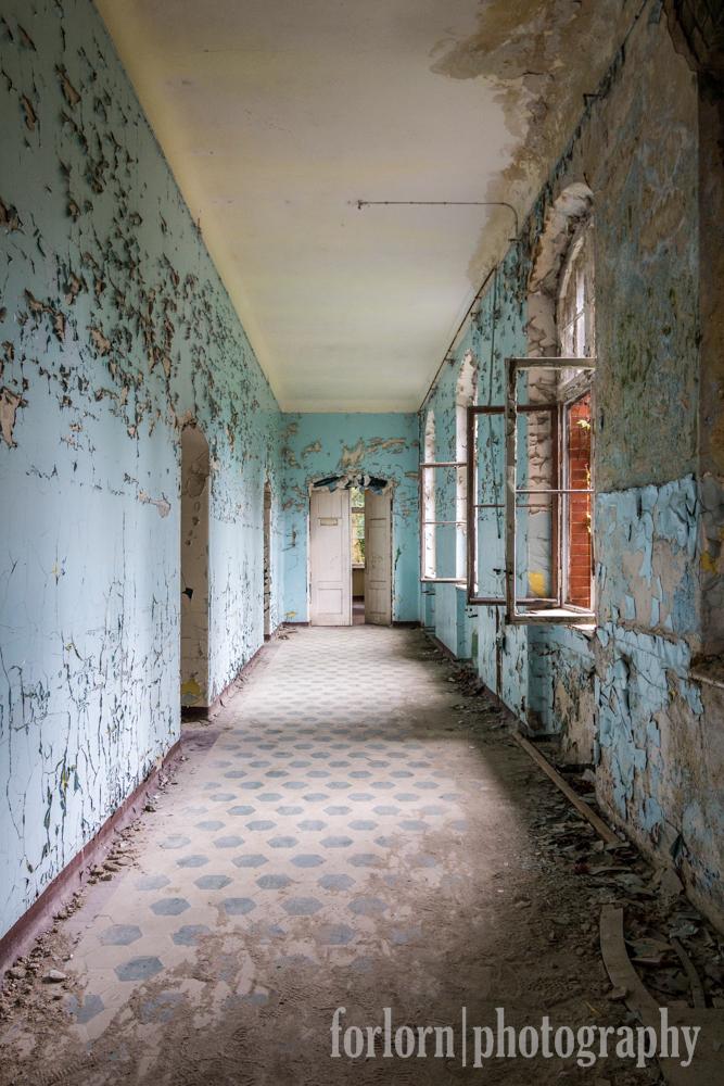 Men's Sanatorium.  Camera: Canon Rebel T3i